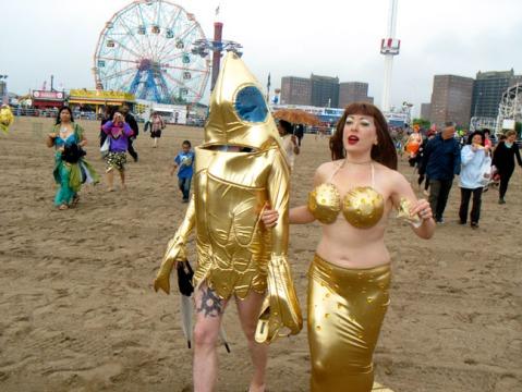 mermaid and goldfish_2187Web
